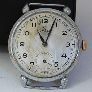 """Reloj antiguo """"vintage"""" antes de su restauración"""
