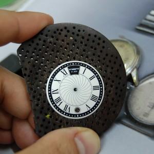Diseño y fabricación de protopito de esfera para reloj D.JOU