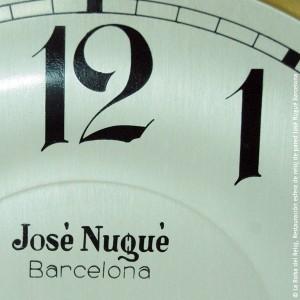 Restauración esfera de reloj de pared José Nugué Barcelona La Bolsa del Reloj
