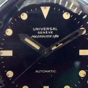 Universal Genève Polerouter Sub antes de la restauración de las agujas.