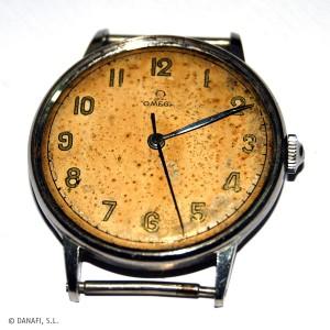 Reloj Omega antes de su intervención en el taller de restauración