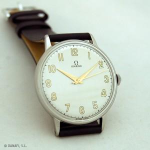 Reloj Omega carga manual, caja de acero. Restaurado y reparado