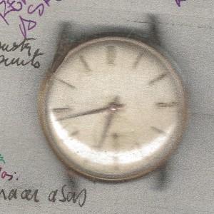 Reloj Kardex antes de su restauración