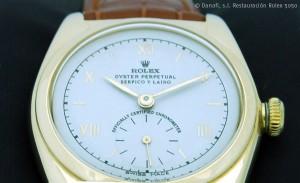 Detalle del reloj después de su restauración.