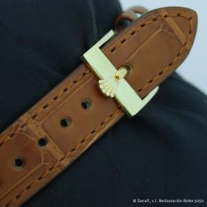 Hebilla contrastada con el símbolo de la corona de Rolex.