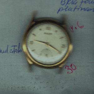 Mulco-Reparar-reloj-antiguo-vintage-cuerda-manual_00