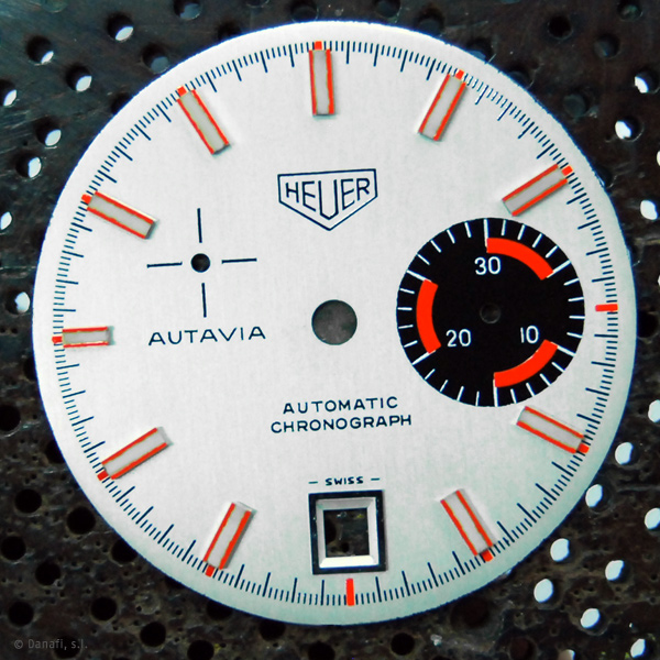 Heuer-Autavia-watch-restoration-Dial-and-Hands_04