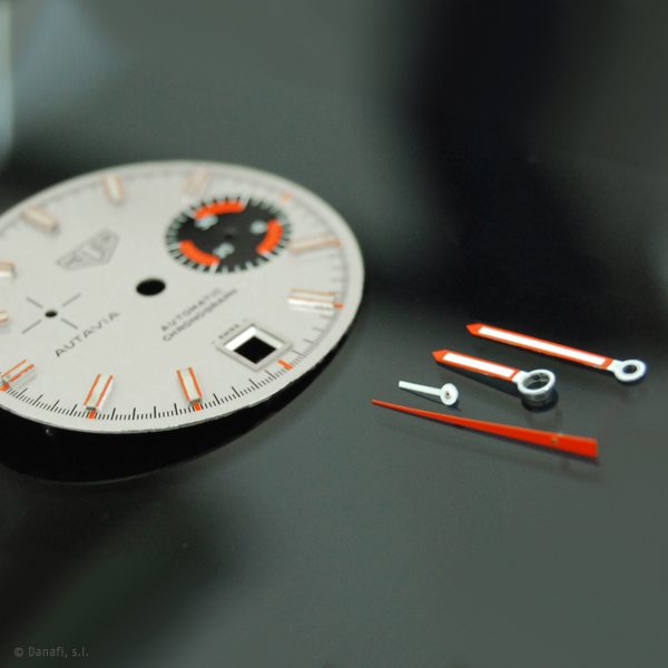 Heuer-Autavia-watch-restoration-Dial-and-Hands_08
